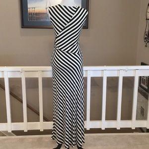 LOFT Dresses - LOFT black/white stripe knit maxi dress Size XSP